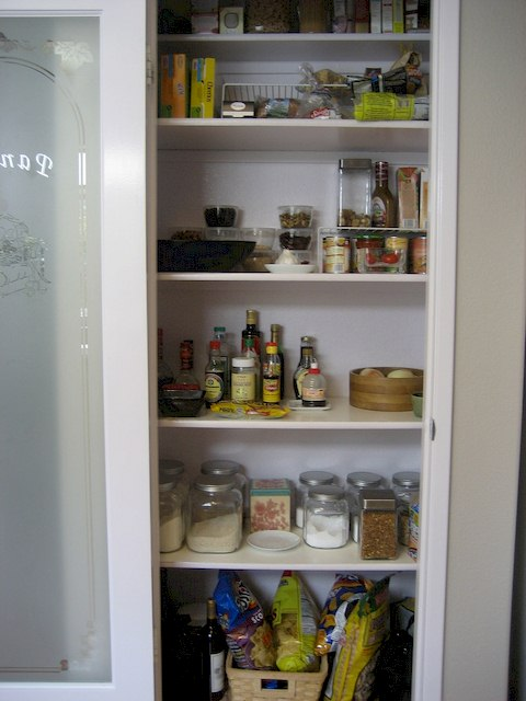 IMG - A Real Simple Ways to Organize Pantry