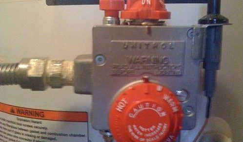 Steps in Replacing a Thermocouple in a Gas Water Heater