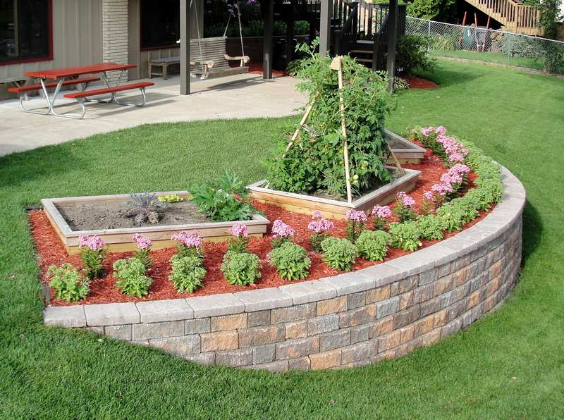 How to Build a Retaining Wall, DIY Garden Retaining Walls