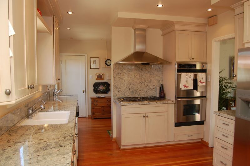 Cream Wood Granite - Kitchen Colors that Match with Stainless Steel