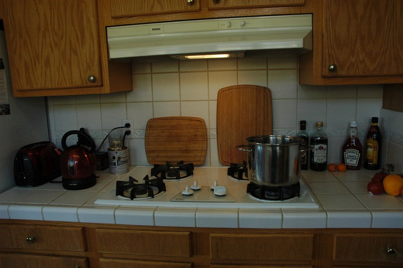Range Hoods Installation for Your Kitchen - DIY Kitchen Range Hoods Installation