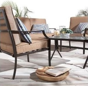 Outdoor Furniture Set: Decorating a Screened Porch