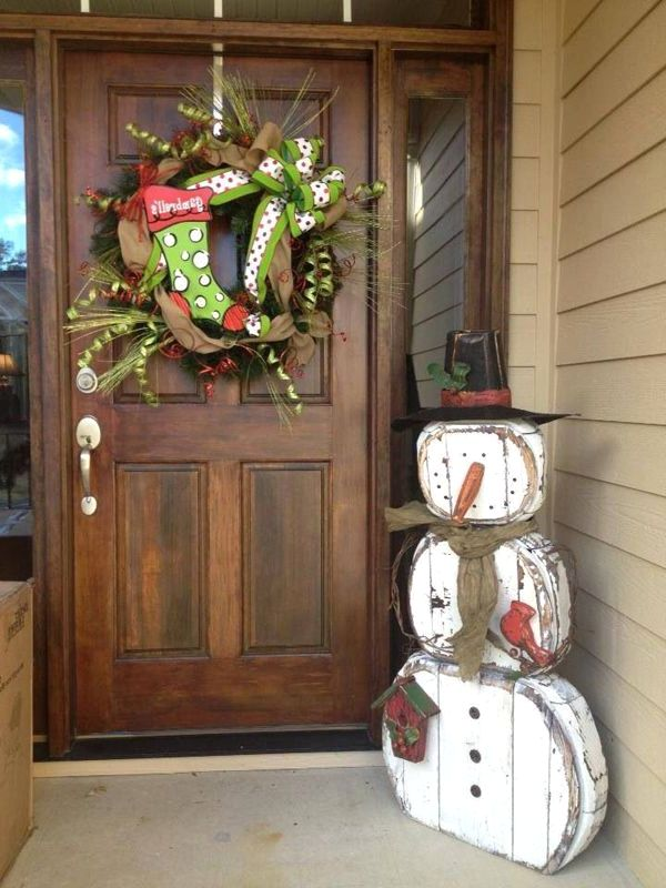 Winter Wonderland Decorating Theme - Front Porch Christmas Decorating Ideas