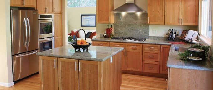 Kitchen Colors to Compliment Stainless Steel Appliances
