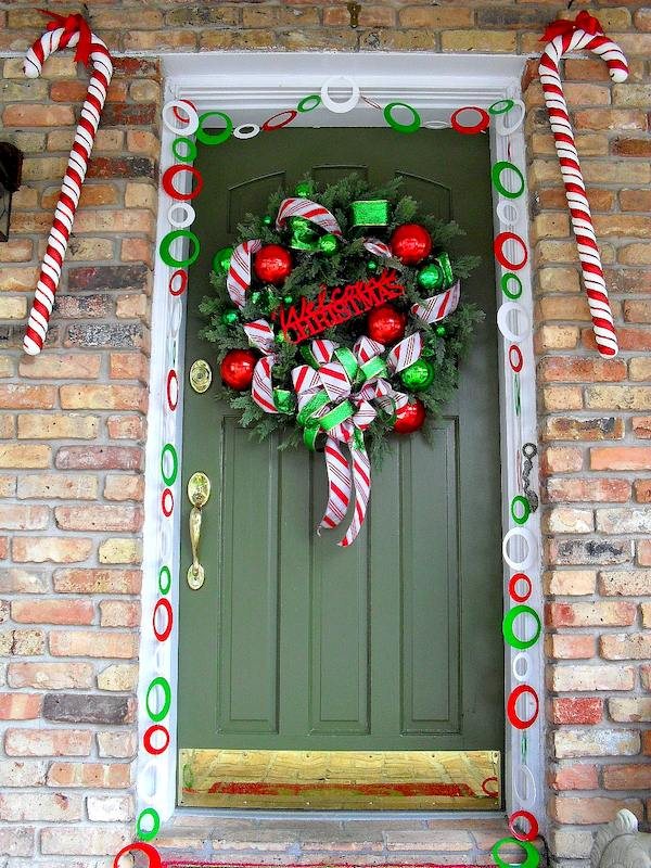 Candy Cane Christmas Decorating Theme - Front Porch Christmas Decorating Ideas