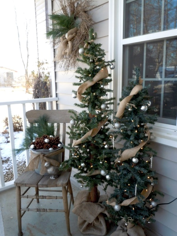 Rustic Front Porch Christmas Decorations - Front Porch Christmas Decorating Ideas
