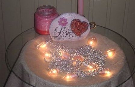 Valentine Decorations for the Home: Tables, Lights, Banisters and More