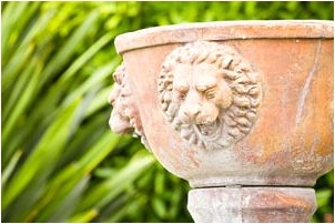 Lion Head Urn - Ideas for Decorating Sunrooms