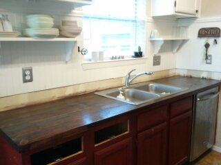 Sealed it with Polyurethane - DIY Faux Butcher Block Countertops