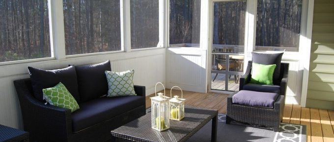 How Do You Make a Seasonal Screen Porch From an Existing Porch?