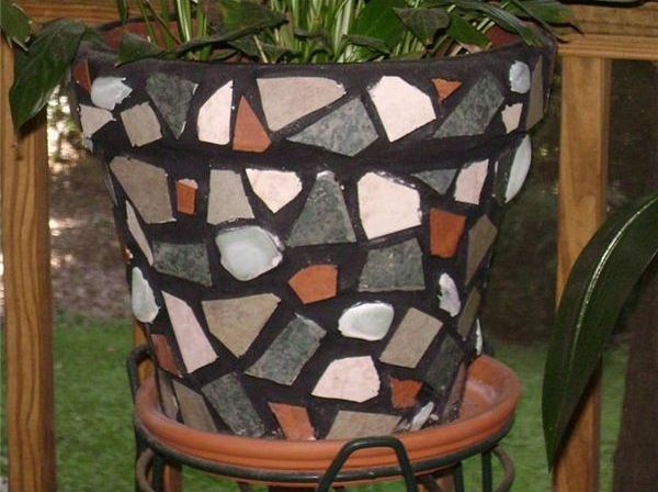 Finished Flower Pot Mosaics, How to Make a Mosaic Flower Pot, DIY Mosaic Flower Pot