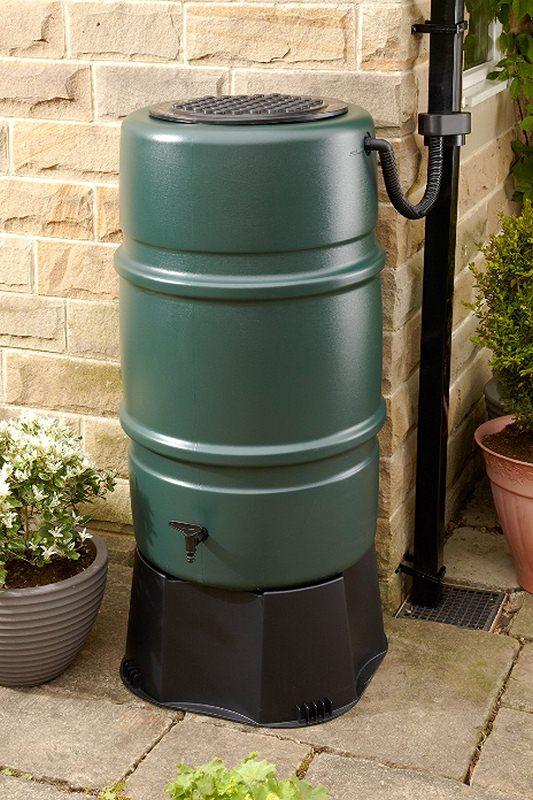 Rainwater Butt - How to Keep Watering the Garden with a Hose During Hosepipe Bans