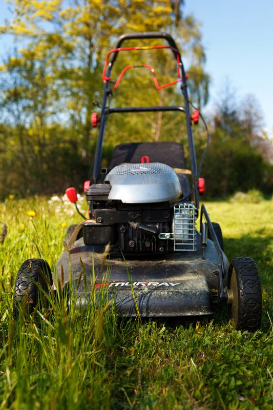 Get Your Lawn Mower Ready to Work for Spring