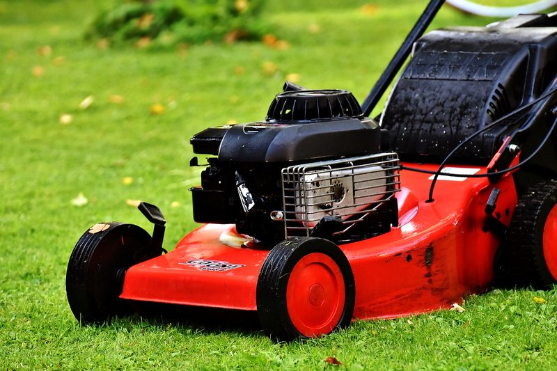 Lawn Mowers - Which Type Is Best for You and Your Yard?