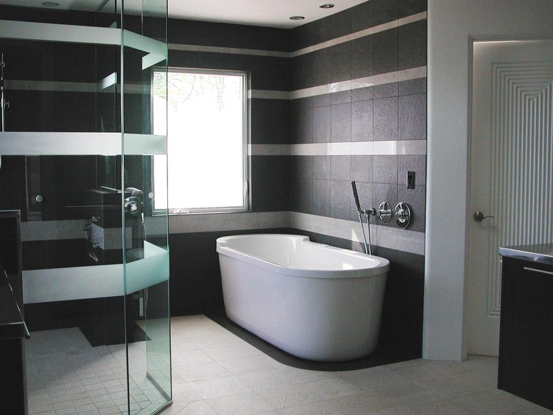 Enhance Your Bathroom Interior Look With Affordable Sanitary Accessories