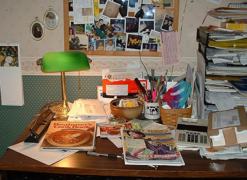 Filing Systems Keep the Clutter at Bay - How to Reduce Home Office Paper Clutter