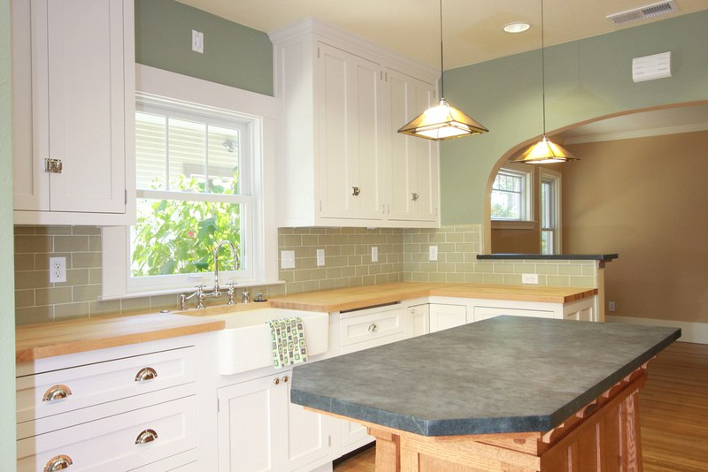 Kitchen and Bathroom Remodeling Tips to Make More Money at Resale