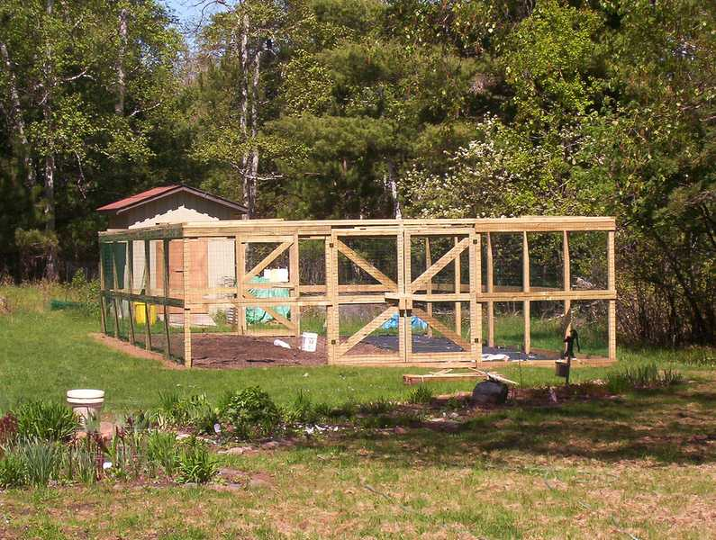 Garden Fencing - Is a Deer Proof Garden Possible