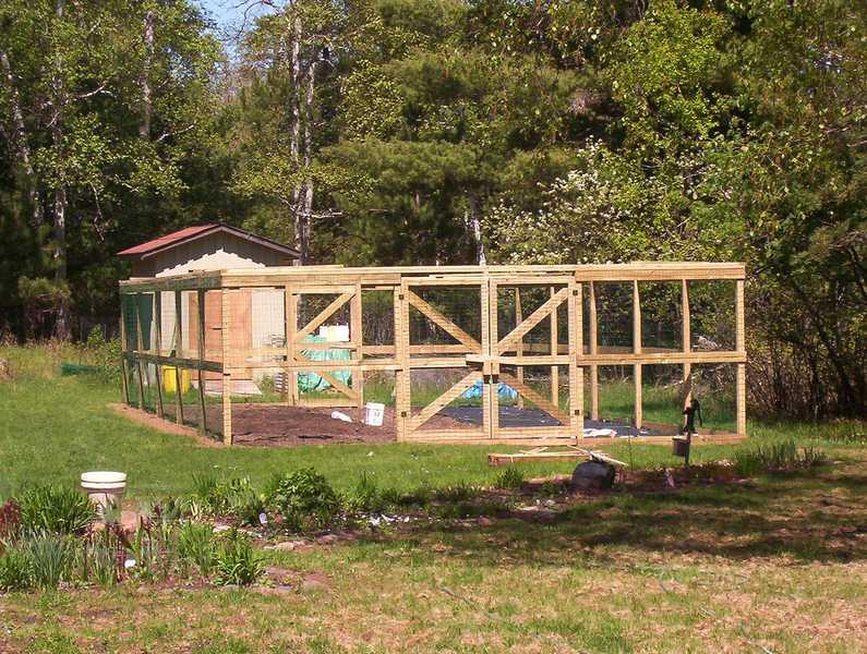 Garden Fencing - Is a Deer Proof Garden Possible
