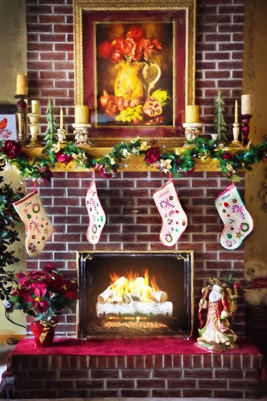 Beautify the Fireplace Mantel - How to Decorate for Christmas on a Budget