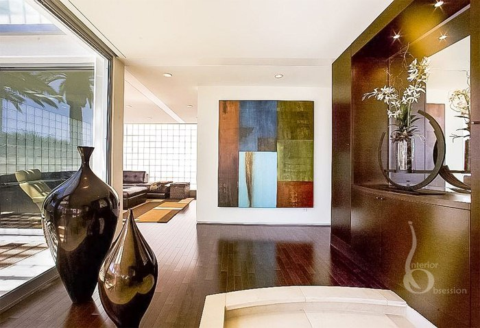 Give a New Look to Your Home With Modern Interior Designer