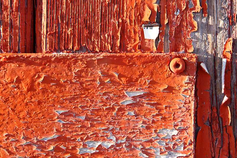 How to Fix Peeling Paint and Flaking Paint