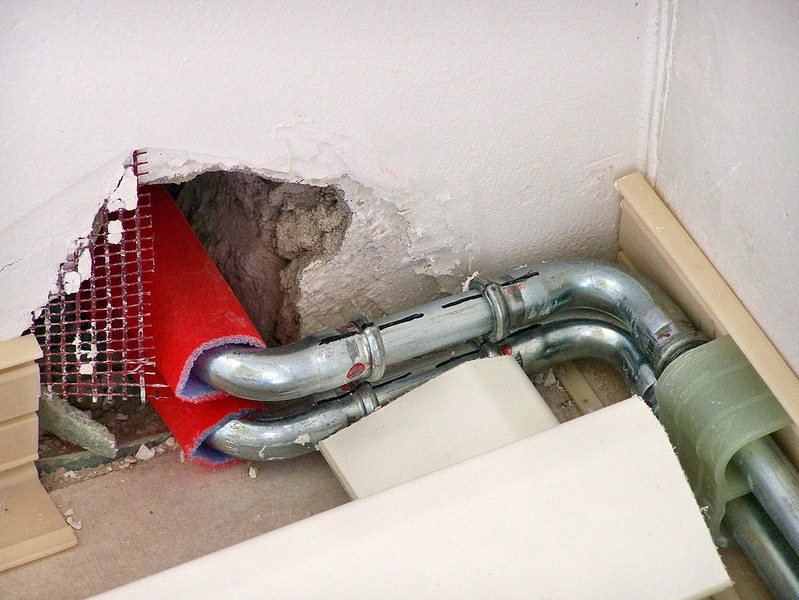 Stop Knocking Pipes: How Do I Remove Air From My Water Pipes