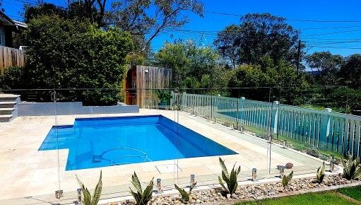Reasons Associated With Choosing the Glass Pool Fences
