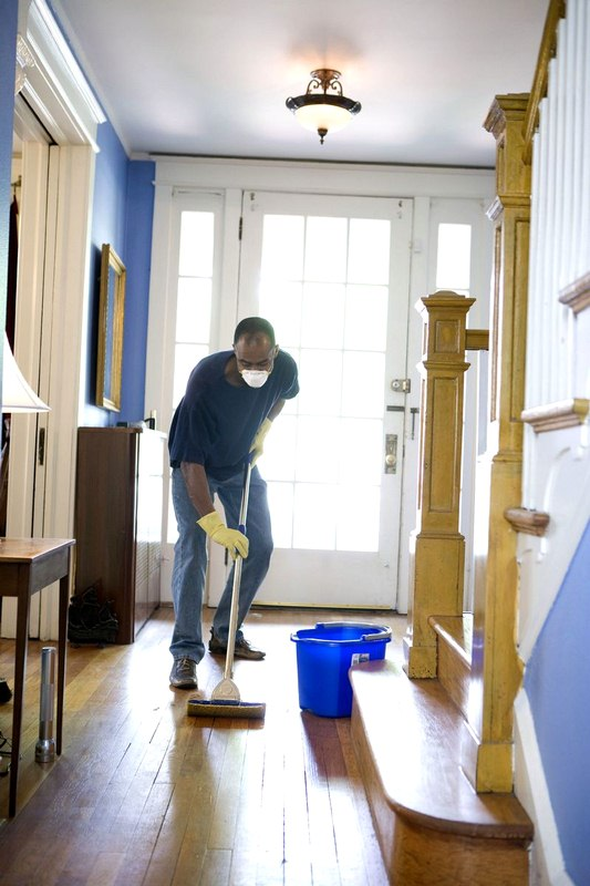 7 Home Maintenance Tips and Tricks for a Perfectly Clean House