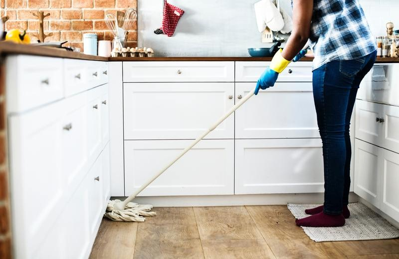The Many Advantages of Investing in a Professional Bond Cleaner