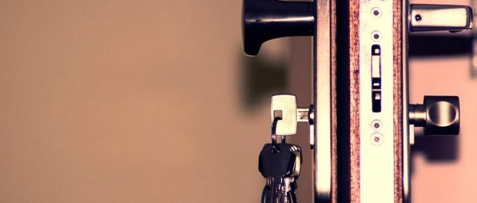 4 Risks Avoided By a Lock Change on New Property