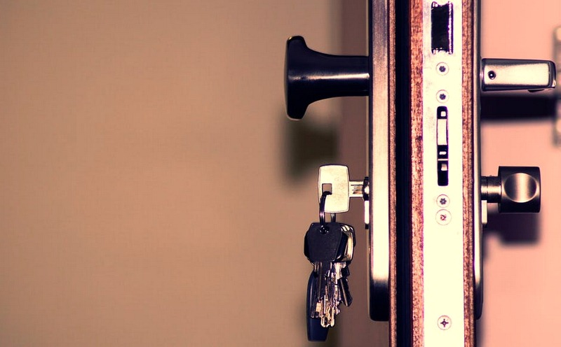 Four Risks Avoided By a Lock Change on New Property