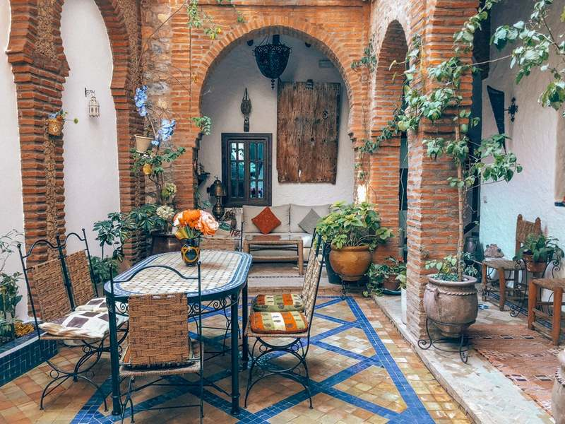 How to Create a Trendy Outdoor Space This 2019