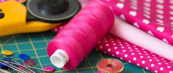 10 Essential Sewing Tools for Beginners