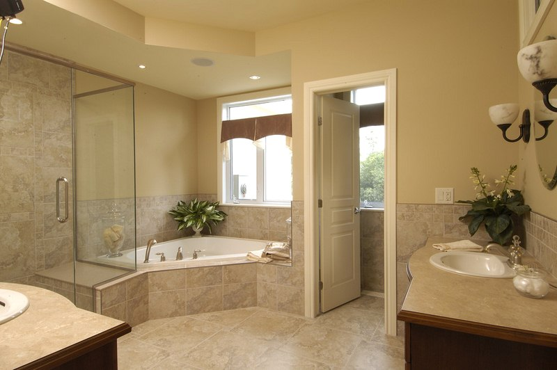 Unique Tips to Help You Plan Your Bathroom Remodeling Better