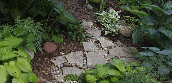 How to Create Your Own Yellow Brick Road in the Garden