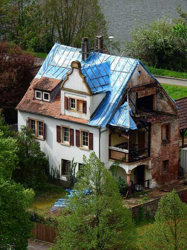 Old Home Renovation – Use Smart Minimalist Interior Design Tips