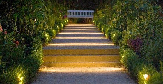 Landscape Lighting: Awesome Ideas on How to Light Up Your Yard Beautifully