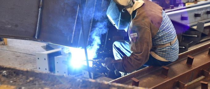 How to Keep Yourself Safe in Welding Workplace