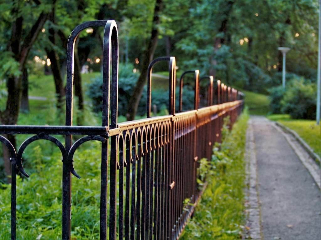 image - How to Choose the Right Type of Fence for Your House