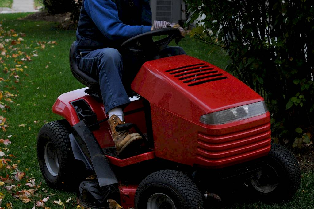 image - How to Cut Tall Grass With a Riding Mower
