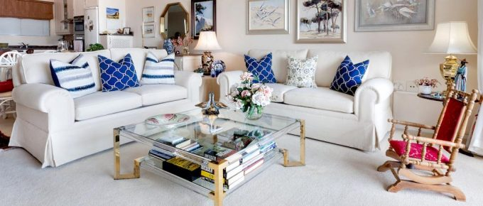 Inexpensive Ways to Freshen Up a Dated Room in Your House