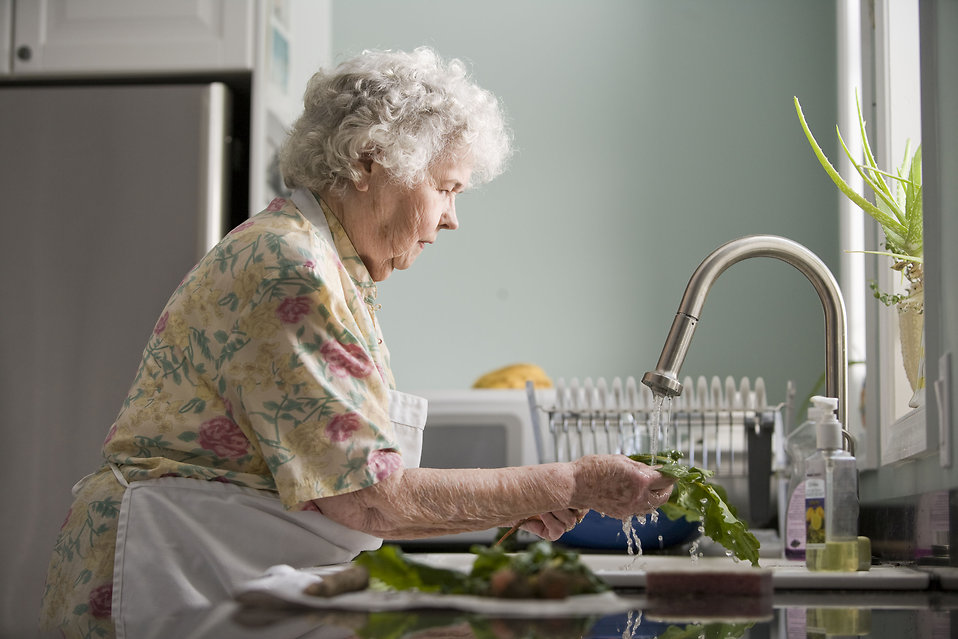 image - Elderly Independent Living - Tips to Find the Right People to Help the Elderly with Household Jobs