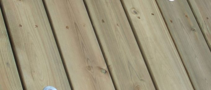Benefits of Hardwood Over Softwood Decking
