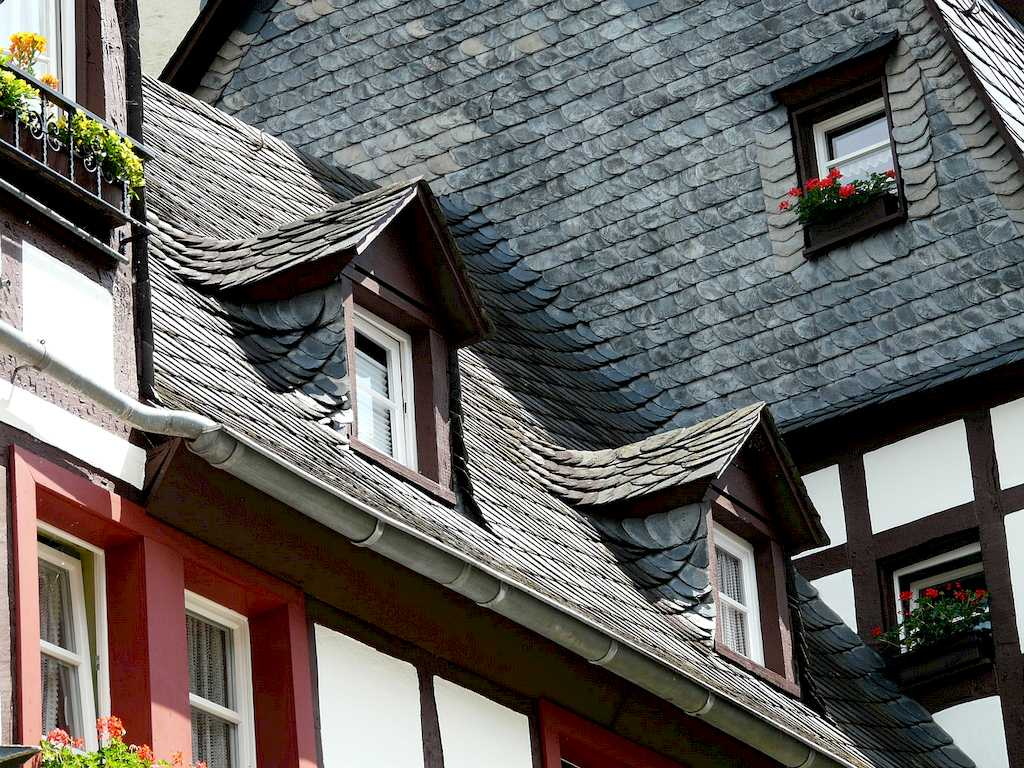 image - Different Types of Roofs, Roof Designs & Roof Materials
