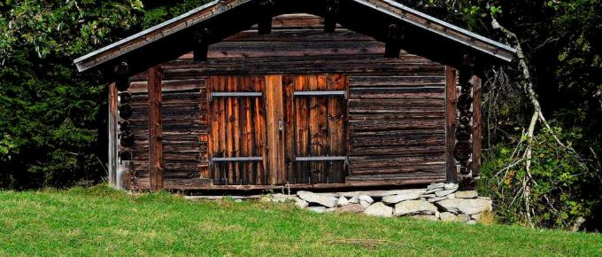 6 Interesting Log Cabin Designs