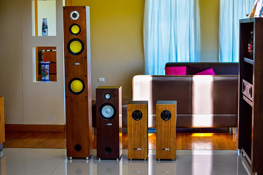 image - How to Get a Better Sound from Your Living Room Stereo