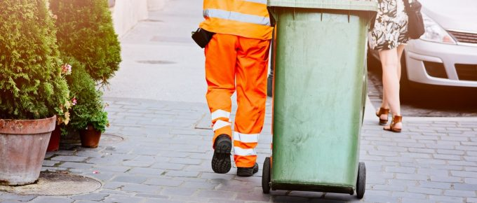 Advantages of Hiring an Expert Rubbish Removal Company