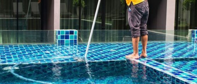How to Clean a Pool In 6 Easy Steps