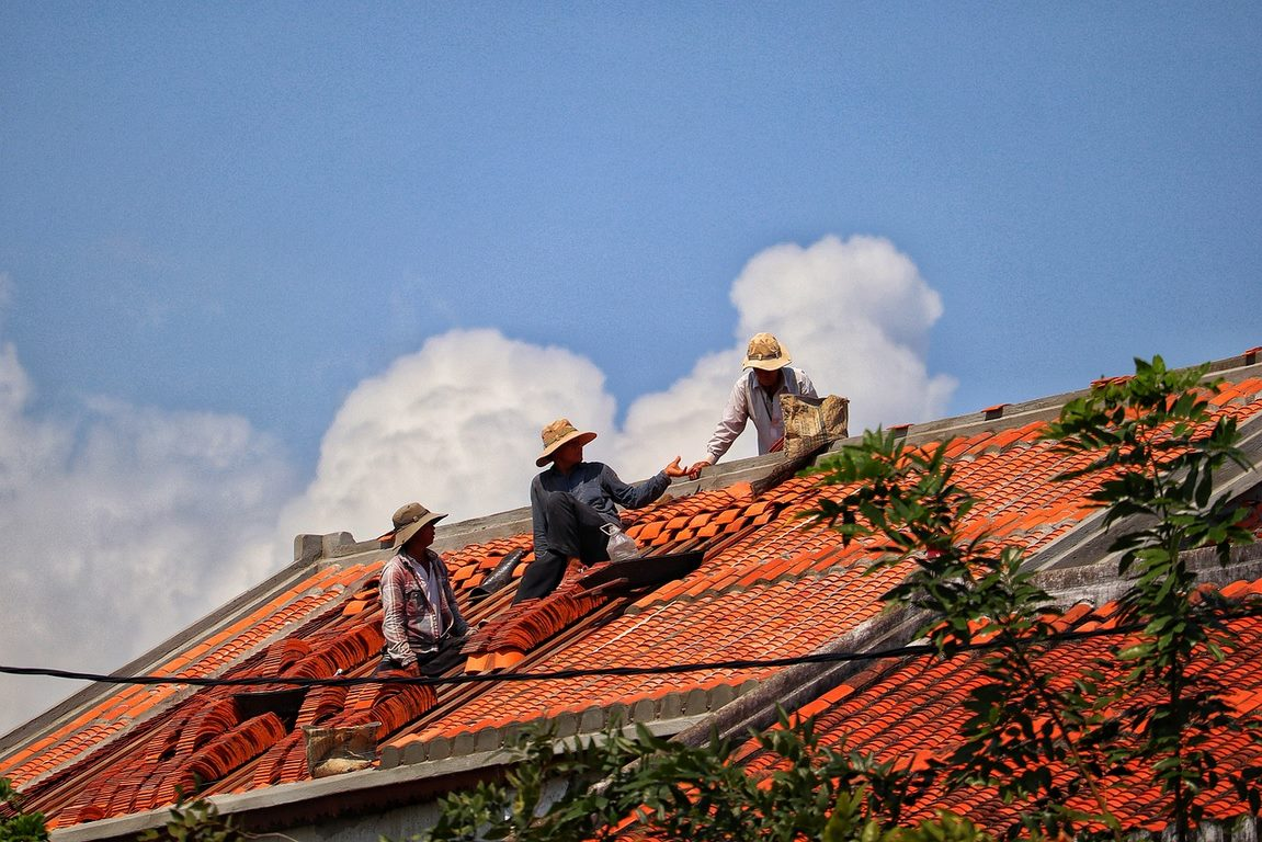 image - Choosing a Good Roofer: Tips to Finding a Perfect Roofing Contractor